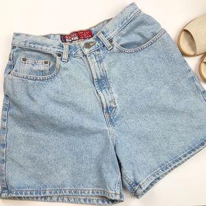 High Rise Mom Denim Jean Light Wash Shorts 12